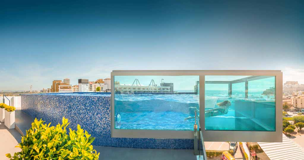 https://www.hotelrhdoncarlos.com/images/content/1/c2655_piscina-web-1.58.jpg